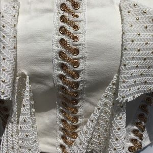 Tops - White & Gold cropped off shoulder blouse